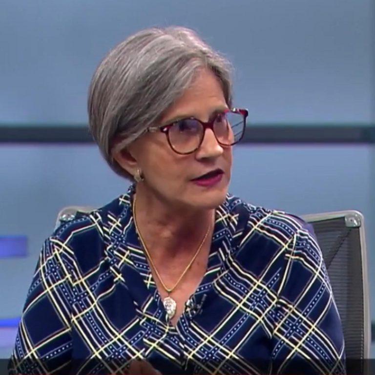 Entrevista a Kitty Monterrey en Telenoticias – Teletica Canal 7 – Costa Rica.